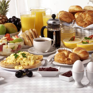 compleet ontbijtbuffet